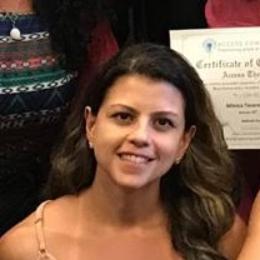 foto de perfil do profissional: Danielle Peixoto